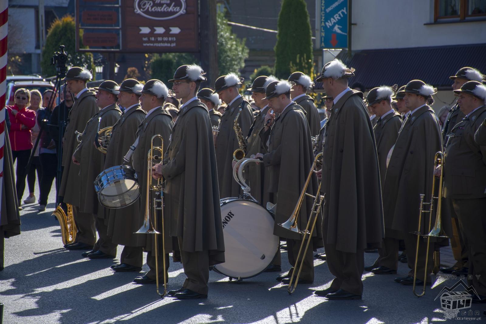 Obchody 100-lecia niepodległości w Bukowinie Tatrzańskiej - Odsłonięcie tablicy pamiątkowej