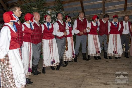 XVII Dzień Polowaca w Jurgowie - Ludowa Grupa Taneczna GAJA oraz Kapela Muzyki Ludowej RINGE z Litwy