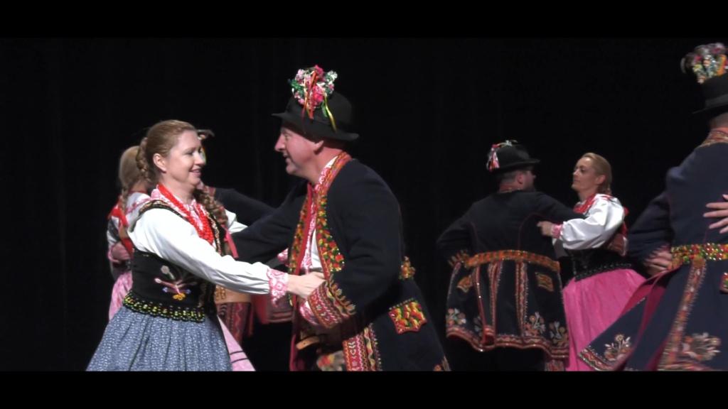 WIECZÓR LACHOWSKI – Występ Regionalnego Zespołu Pieśni i Tańca PODEGRODZIE z Podegrodzia