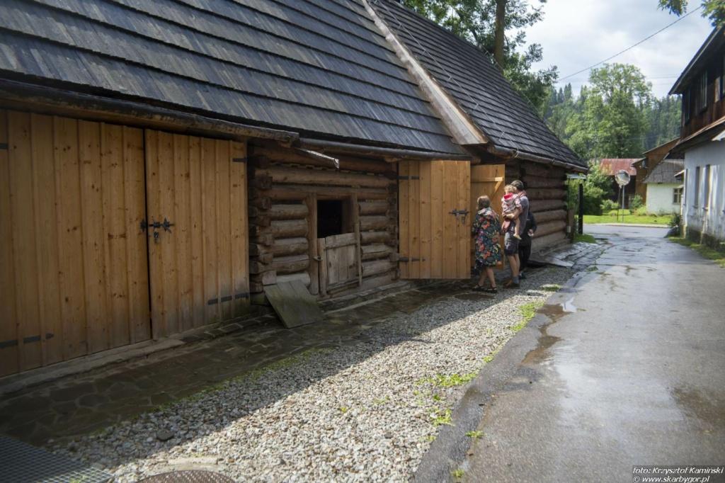 XIX Dzień Polowaca w Jurgowie - Zwiedzanie Zagrody Sołtysów