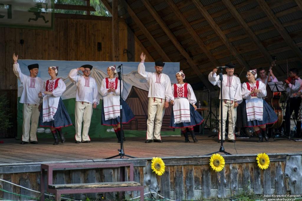 Występ Zespołu Folklorystycznego Dolina z Krempach - XIX Dzień Polowaca w Jurgowie